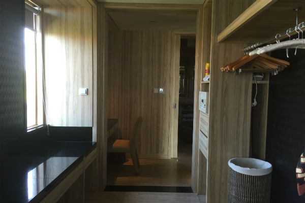 The closet and vanity area of the Conrad Bali Penthouse Suite