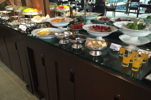 Evening spread at the Grand Club Lounge