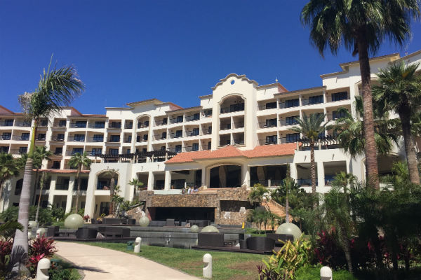 Save Points AND Cash at the Hyatt Ziva Los Cabos Resort