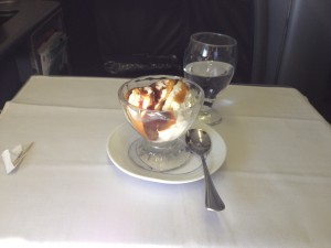 United Airlines Global First Class 747 Dessert