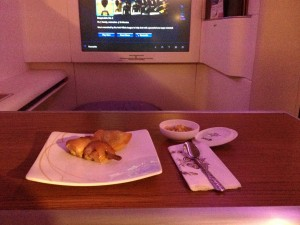 Thai Airways First Class Meal: Chicken Yakitori and Curry Puffs