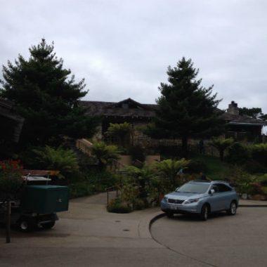 Hyatt Carmel Highlands hotel driveway